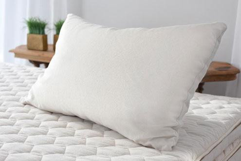 wool pillow savvyrest.jpg