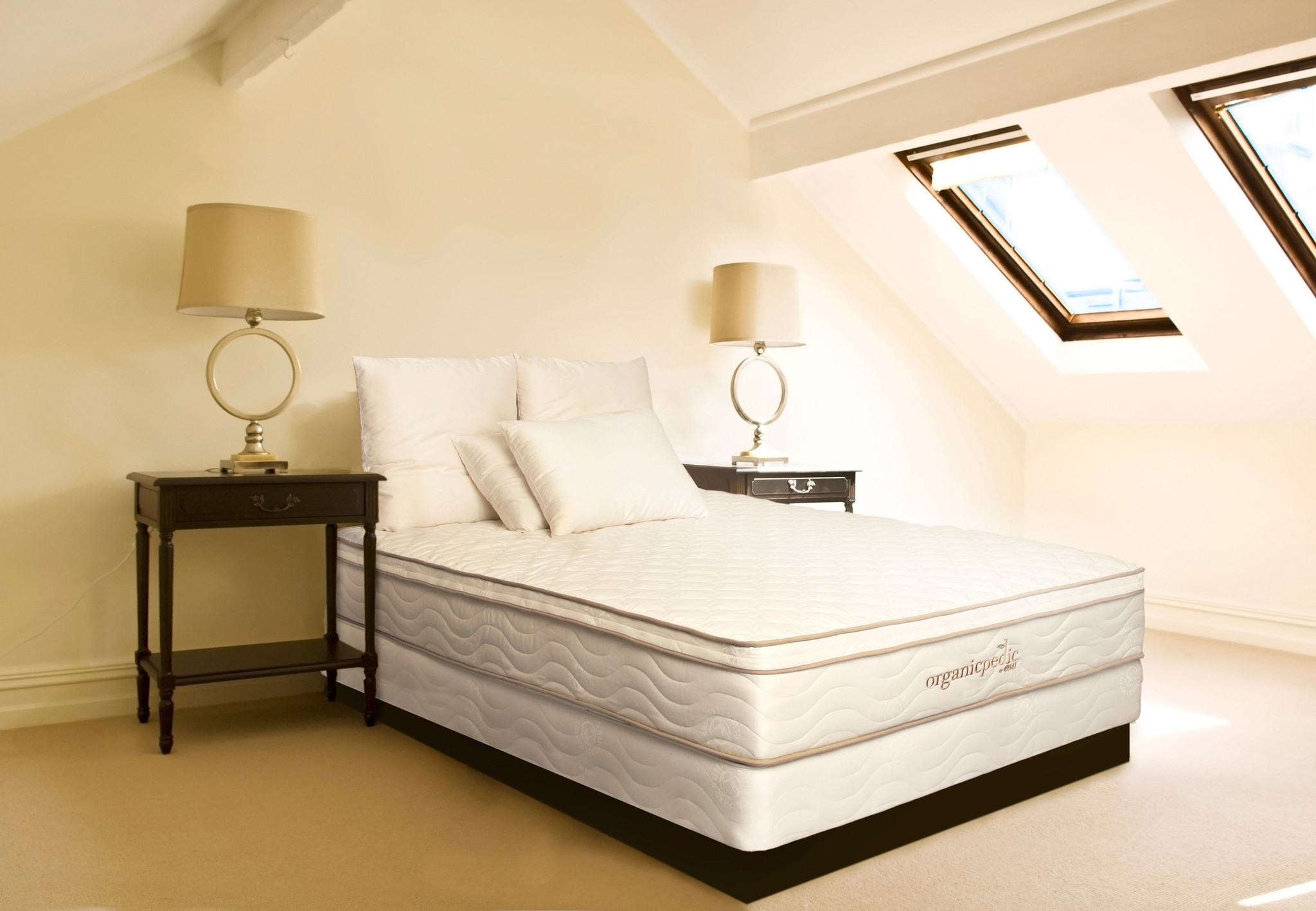 organicpedic duo mattress bedroom omi adb95db3 011e 4015 8e44 588d87056a6a.jpeg